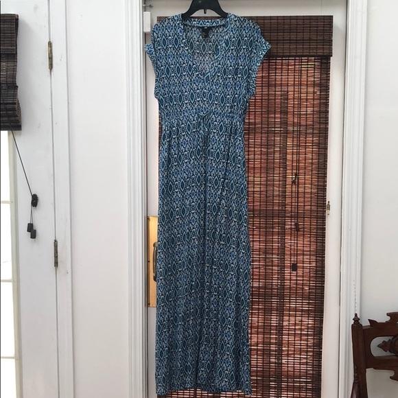 H&M Dresses & Skirts - H&M maxi dress